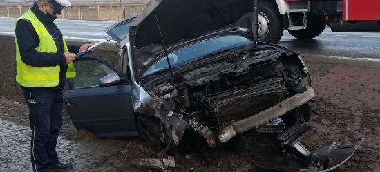 Wypadek w Zarszynie. Pasażerka z obrażeniami trafiła do szpitala (VIDEO, ZDJĘCIA)