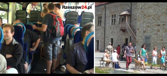 SANOK: Muzeum Historyczne jedzie razem z KochamKolej.pl. Okaż bilet i zwiedzaj taniej! (FILM)