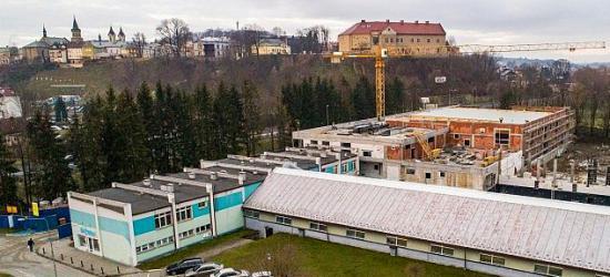 Lesko24.pl: Burmistrz Leska o kontrowersjach odnośnie basenu (FILM)