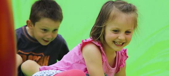 Stadion pełen uśmiechu! Dziecięca radość i mnóstwo dobrej zabawy (ZDJĘCIA)