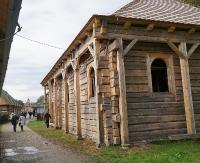 Zwierciadlane sklepienie, szafa na Torę i ekspozycja judaików. Synagoga z Połańca nabiera rumieńców (ZDJĘCIA)