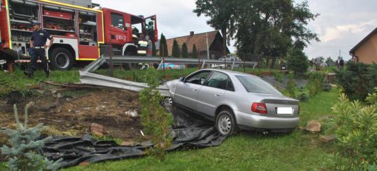 Pijany 22-latek uderzył w bariery energochłonne (FOTO)