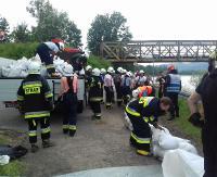 ZAGÓRZ: Syreny wyły na alarm. Ćwiczenia z ratownictwa wodnego i przeciwpowodziowego (ZDJĘCIA)