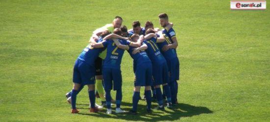 Piłkarski weekend: Okazja Ekoballu Stali do rehabilitacji, start B-klasy