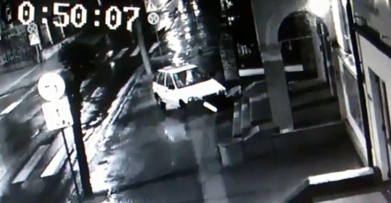 """SANOK: """"Pojechał po bandzie"""". Zniszczony budynek Sokoła (VIDEO)"""