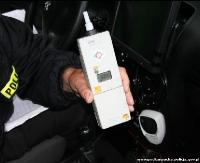 BRZOZÓW: 24-latek jechał za pijanym kierowcą. Wezwał policję i nie dał mu uciec