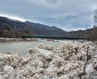 Ostrzeżenie przed roztopami. Rzeki mogą wzbierać (ZDJĘCIA)