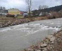 W Rzepedzi z rzeki wyłowiono ciało jednego z mieszkańców (ZDJĘCIA)