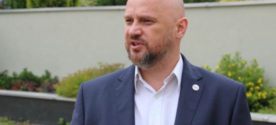 Jakub Osika o PiSowskiej wojnie w rodzinie (FILM, WYWIAD)