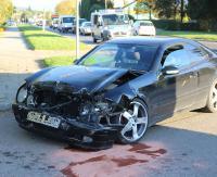 Zderzenie trzech pojazdów na skrzyżowaniu ul. Przemyskiej z ul. Korczaka. Jedna osoba trafiła do szpitala (ZDJĘCIA)