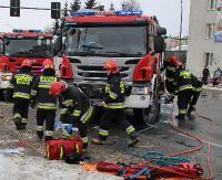KRONIKA STRAŻACKA: Zderzenie busa z motocyklem, kraksa szynobusu z osobówką i płonące kominy