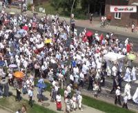 Tysiące wiernych uczciło święto Bożego Ciała. Tłumy na ulicach Sanoka (FILM, ZDJĘCIA)