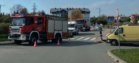 UWAGA: Zderzenie busa z motocyklem na ul. Kawczyńskiego (ZDJĘCIA)