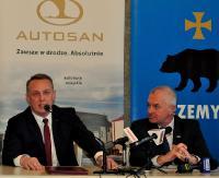 Przemyśl wzbogaci się o 15 nowych autosanów. Podpisano umowy (ZDJĘCIA)