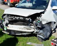 REGION: Zderzenie trzech samochodów. Dwie osoby w szpitalu (ZDJĘCIA)