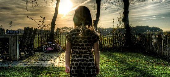 SANOK: Rodzice zakochani w telefonach. Dzieci odczuwają to dużo bardziej niż pandemię