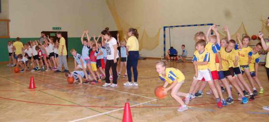 Sportowe zakończenie roku szkolnego w Bukowsku (ZDJĘCIA)
