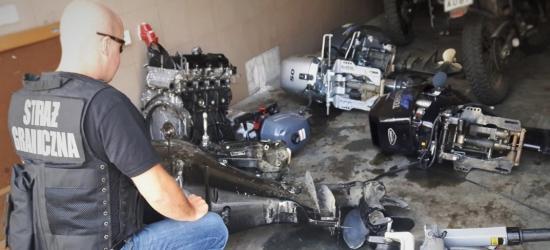 GRANICA: Skradzione silniki zaburtowe i ciągnik siodłowy (FOTO)