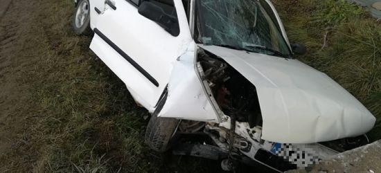 ODRZECHOWA: Groźny wypadek! Osobówką uderzył w przepust. Interweniowało LPR! (ZDJĘCIA)