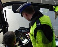 Bezpiecznym autokarem na wakacje. Wzmożone kontrole policji