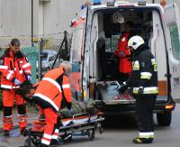 ZAGÓRZ: Kierowca jednośladu stracił panowanie nad maszyną i uderzył w krawężnik. Nie miał założonego kasku (ZDJĘCIA)