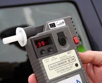 KRONIKA POLICYJNA: Nietrzeźwi kierowcy, kradzieże i pożar zakładu drzewnego