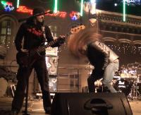 Koncert zespołu Turbo zakończył 26. Finał WOŚP. Mimo mrozu na rynku było gorąco (FILM)