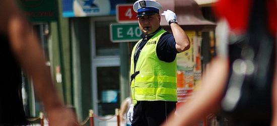 """19 wypadków. 2 osoby zginęły, 25 rannych. Policjanci podsumowali akcję """"Sierpniowy Weekend"""""""