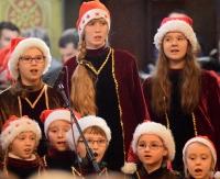 Piękne kolędy, wspaniałe głosy. Wyjątkowy koncert kolęd w niedzielę w sanockiej Farze (FILM, ZDJĘCIA)