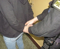 Strzelał do policjantów. Został tymczasowo zatrzymany