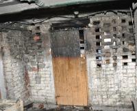 Pożar na Robotniczej. Paliła się piwnica w bloku mieszkalnym (ZDJĘCIA)