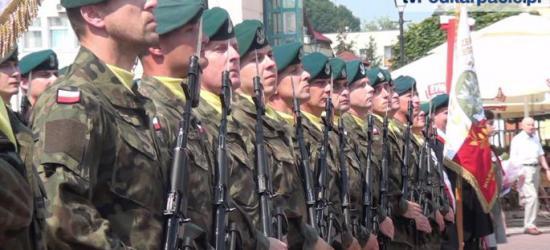 AKTUALIZACJA: Pamiętajmy o bohaterach. Obchody Święta Wojska Polskiego w Sanoku (FILM, ZDJĘCIA)