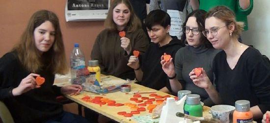Piękna akcja. Młodzi ludzie nie zawiedli (VIDEO)