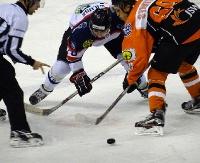 Sól hokeja. Rusza play-off PHL. Sanoczanie grają z JKH GKSem Jastrzębie