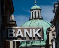 Polacy coraz chętniej zmieniają banki