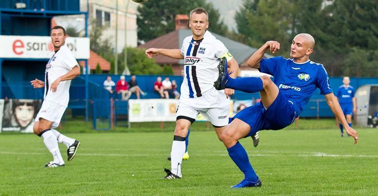 Piłkarski rozkład jazdy Ekoball-u. Seniorzy grają z Koroną Rzeszów