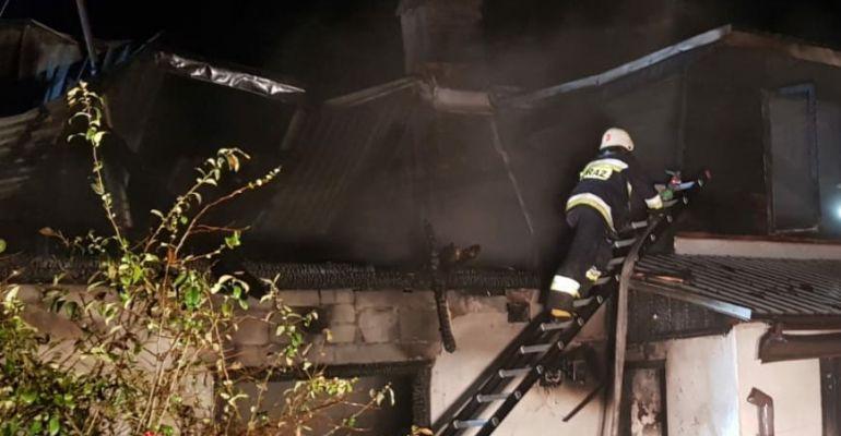 Tragiczny pożar w Mrzygłodzie. Nie żyje 55-letni mężczyzna (ZDJĘCIE)