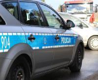 KRONIKA POLICYJNA: Kamieniem w szybę, wandale samochodowi, podwójna prędkość na promilach. Strzały z wiatrówki na imprezie?