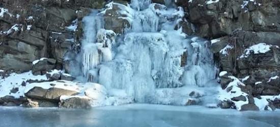 BIESZCZADY: Temperatura na plusie, a tu takie lodowe cudeńka (FOTO)