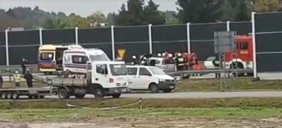 Poważny wypadek w Brzozowie. Czołówka. Kilka osób rannych