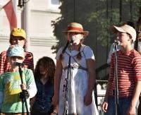 SANOK: Finał IX Lata Podwórkowego. Wspaniała zabawa najmłodszych sanoczan na Rynku (ZDJĘCIA)