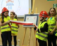 """SANOK: Strażacy będą uczyć młodych mieszkańców powiatu. Sala """"Ognik"""" oficjalnie otwarta! (FILM, ZDJĘCIA)"""
