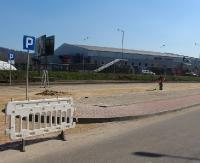 Nowy parking ucieszy szczególnie kibiców hokeja (ZDJĘCIA)