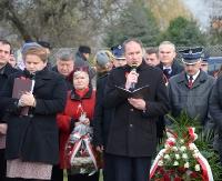"""BESKO24.PL: """"Cześć i chwała bohaterom!"""". Oddano hołd tym, którzy umierali za ojczyznę (ZDJĘCIA)"""